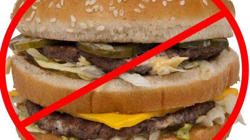 how to avoid fast food restaurants on your road trip