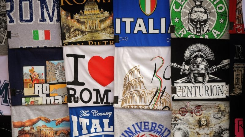 ideas for travel gifts to brings home for the family