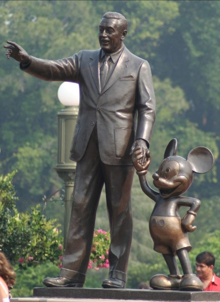 there are wys to save money at Walt Disney World