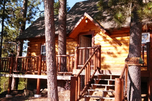 3 Places to Stay Near the Black Hills of South Dakota