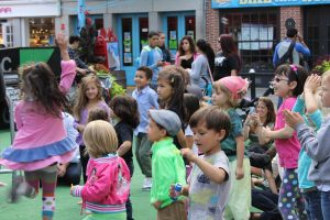 Free family fun at the South Street Seaport