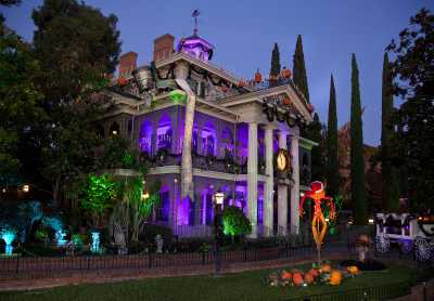 Haunted Mansion Holiday.TMOM