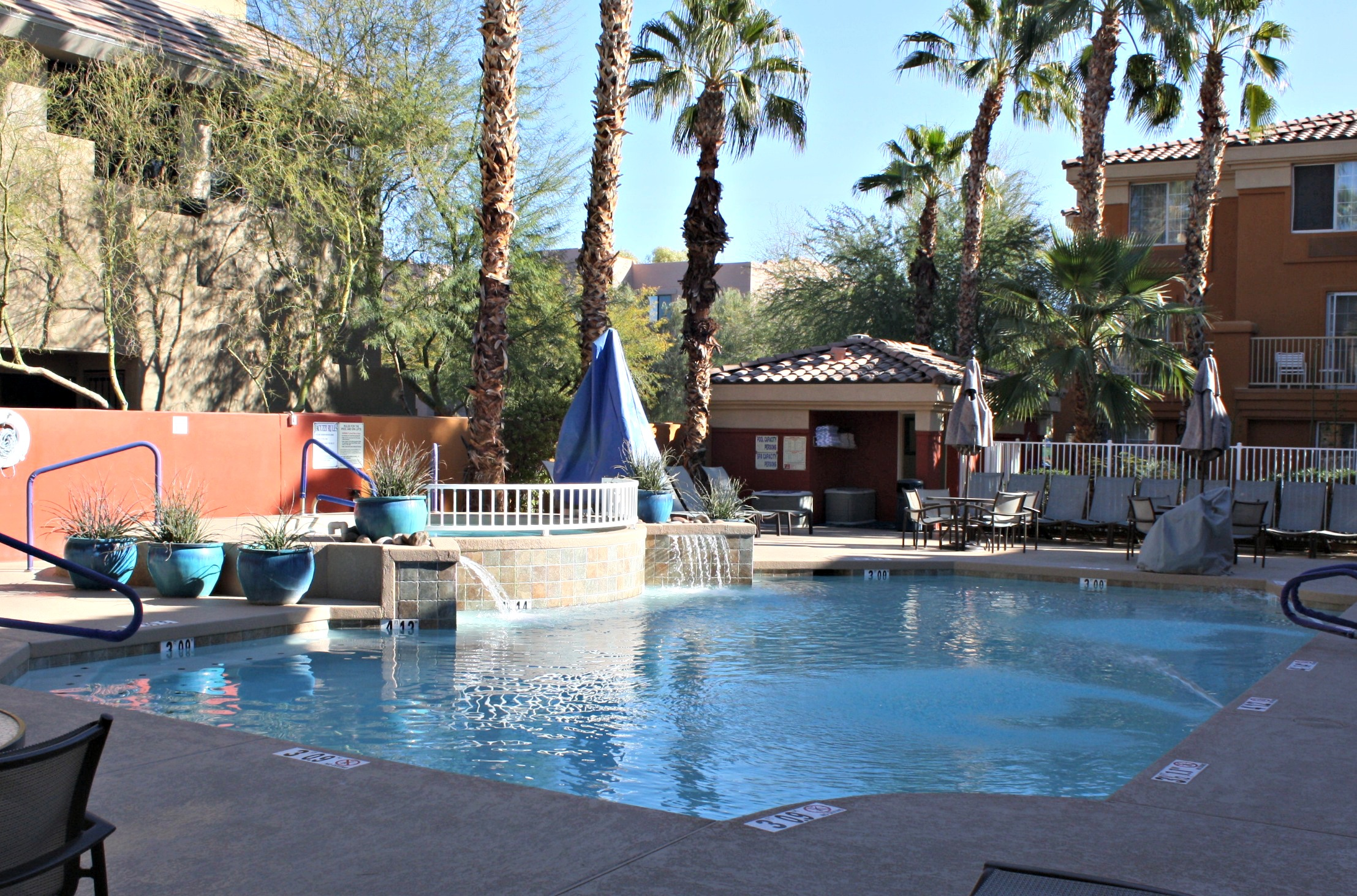 Holiday Inn Express Suites in Scottsdale, Arizona: A Great Family Value