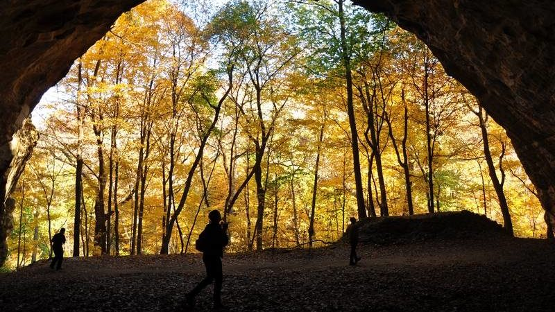 The fall colors of the Midwest as seen through the dramatic rock formations at Starved Rock State Park in Illinois.