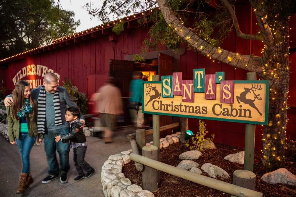 Christmas Theme Park.Holidays And Family Fun At California Theme Parks