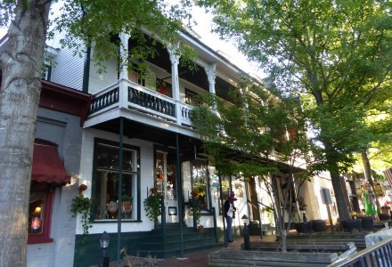 Historic hotel flanked with art galleries on town square. Photo by GW Tibbetts