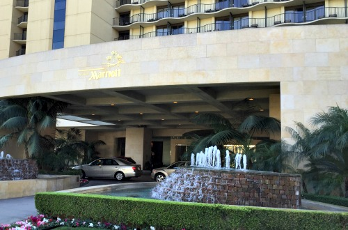 The Anaheim Marriot is a great hotel option for business travelers looking for some Disneyland fun. Check out all the amenities the Anaheim Marriott offers.
