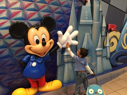 8 Tips for Visiting Walt Disney World while Pregnant