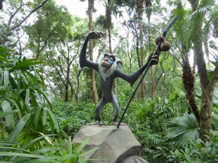 Photo by Jamie Bartosch/Suburban TravelingMom Rafiki welcomes visitors to Rafiki's Planet Watch