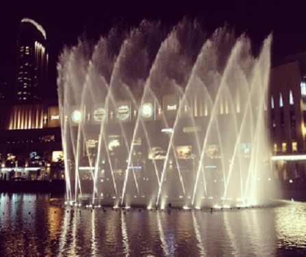 Dubai Fountain Show Photo credit:Anuja De Silva/ Cosmopolitan TravelingMom