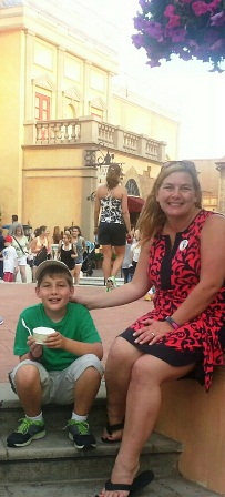 Enjoying a lemon sorbet on the the Plaza in Italy. Photo credit: Gwen Kleist, Healthy TravelingMom.