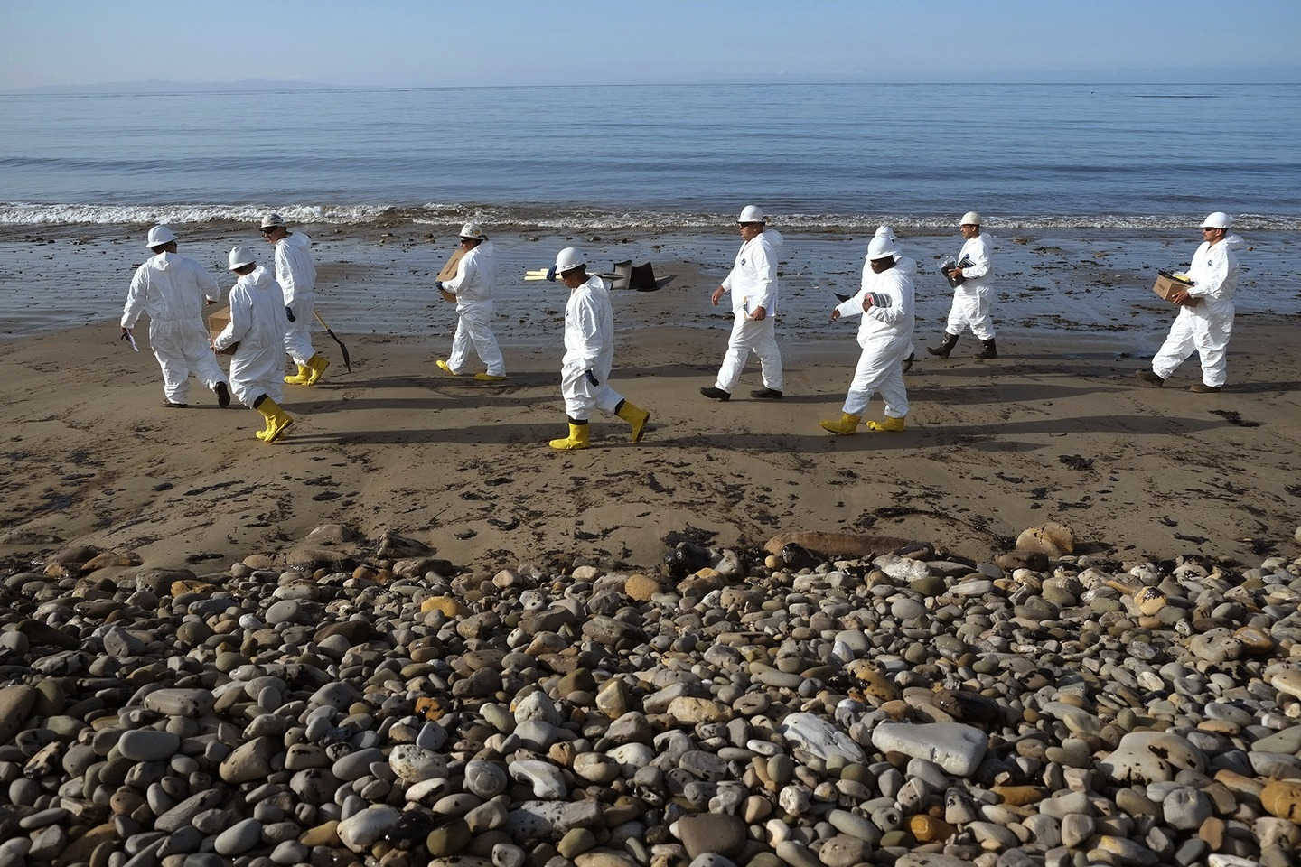 Which of Santa Barbara's Beaches are Open or Closed Following Oil Spill?