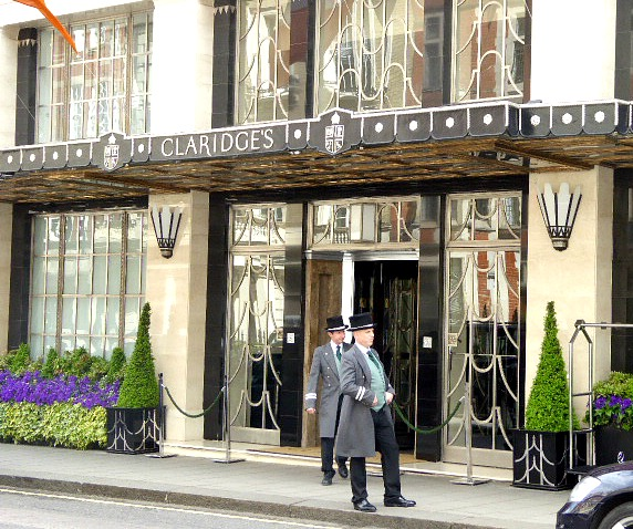 is Claridge's a recommended hotel on the 3 day london itiinerary for families