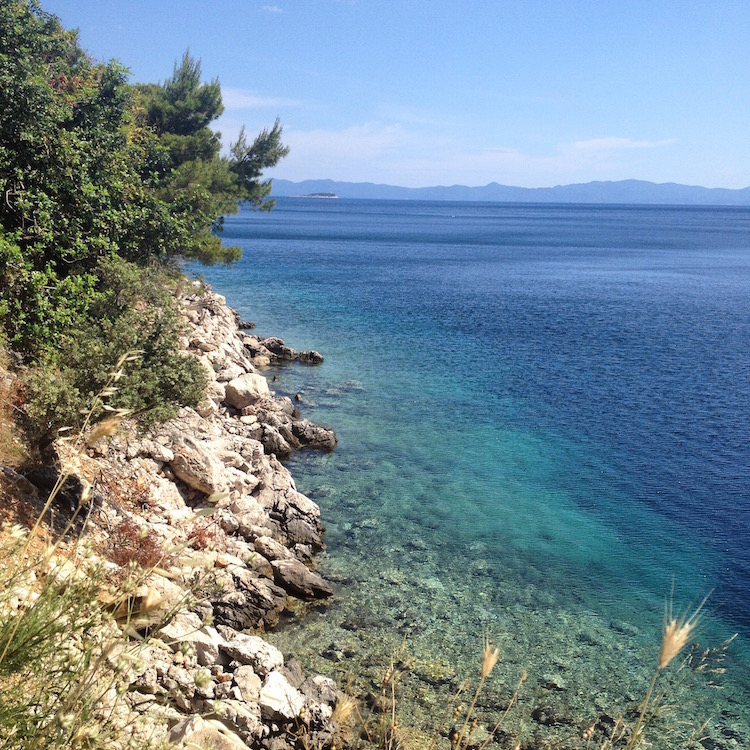 The rocky Croatian coastline has clear clean water (Photo Philadelphia Traveling Mom Sarah Ricks)