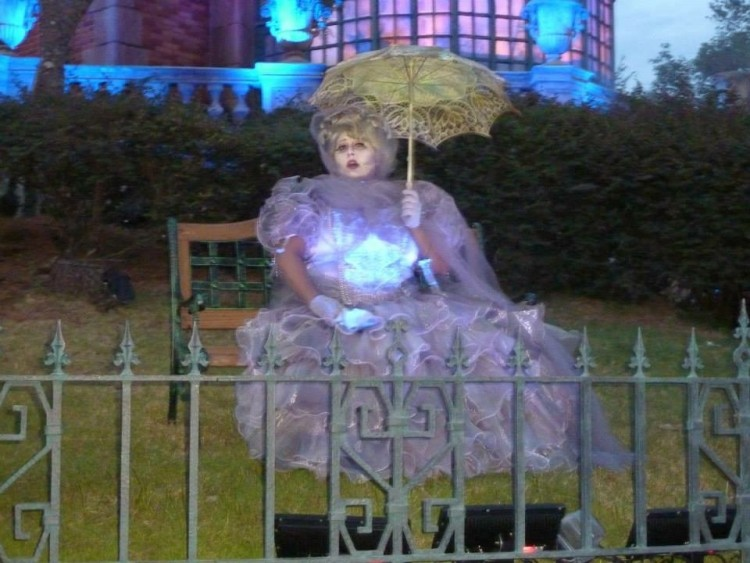 Madame Leota is a spooky specter at Disney's Haunted Mansion at MNSSHP, Photo Courtesy of Ana B. Fallas