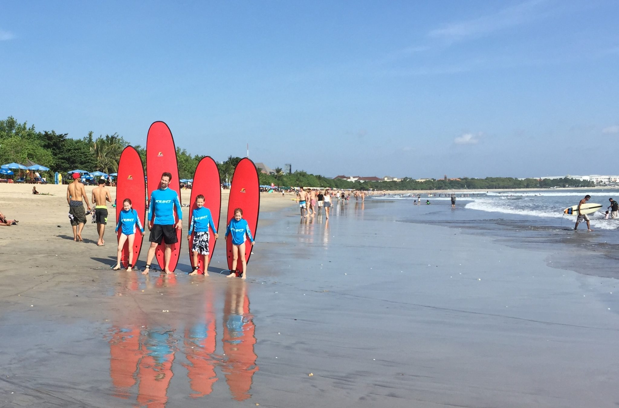 Wonders of Bali Island – Learning to Surf with the Pros
