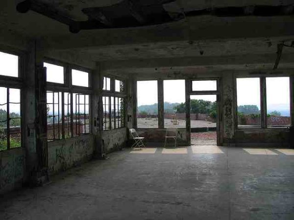 The sunroom at Waverly Hill Sanatorium. Photo Courtesy: Allison Taylor/ Research TravelingMom