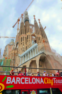 Making the most of the layover: Seeing Sagrada Familia in Barcelona