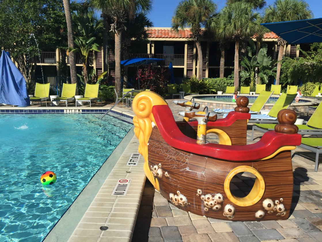 Kid-friendly pools at DoubleTree Orlando at Seaworld