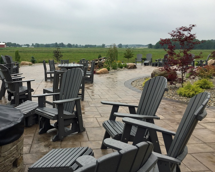 Outdoor Seating At Blue Gate Garden Inn Shipshewana