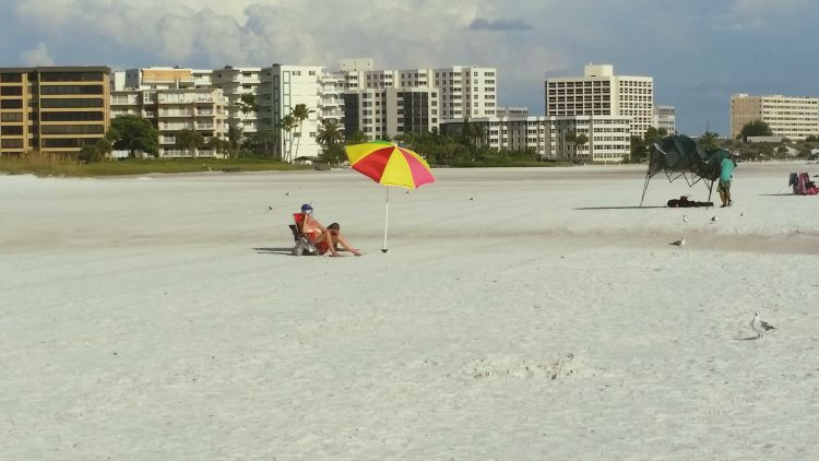 Siesta Beach. Photo Credit: Mary Moore / Retro TravelingMom