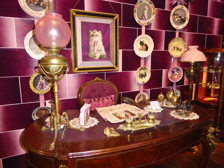 Pink has never been so evil - photo: Angela Tiffin, History Buff Traveling Mom