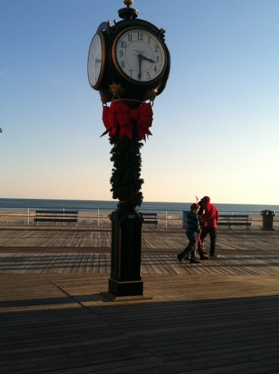 It's gift giving time! Join us to discuss the perfect gifts for travelers. Photo by Mary Lebeau, EastCoast TMOM