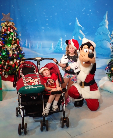 Santa Goofy at Disney Christmas