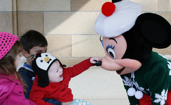 11 Tips for Navigating Holiday Crowds at Disneyland