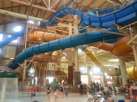 More than 14 water slides to enjoy at Great Wolf Lodge. Photo credit: Gwen Kleist, Healthy TravelingMom.