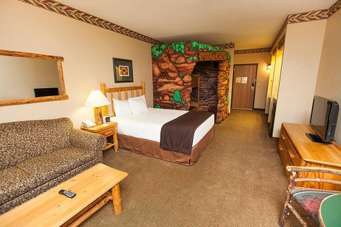 Wolf Den Suite. Photo credit: Great Wolf Lodge.