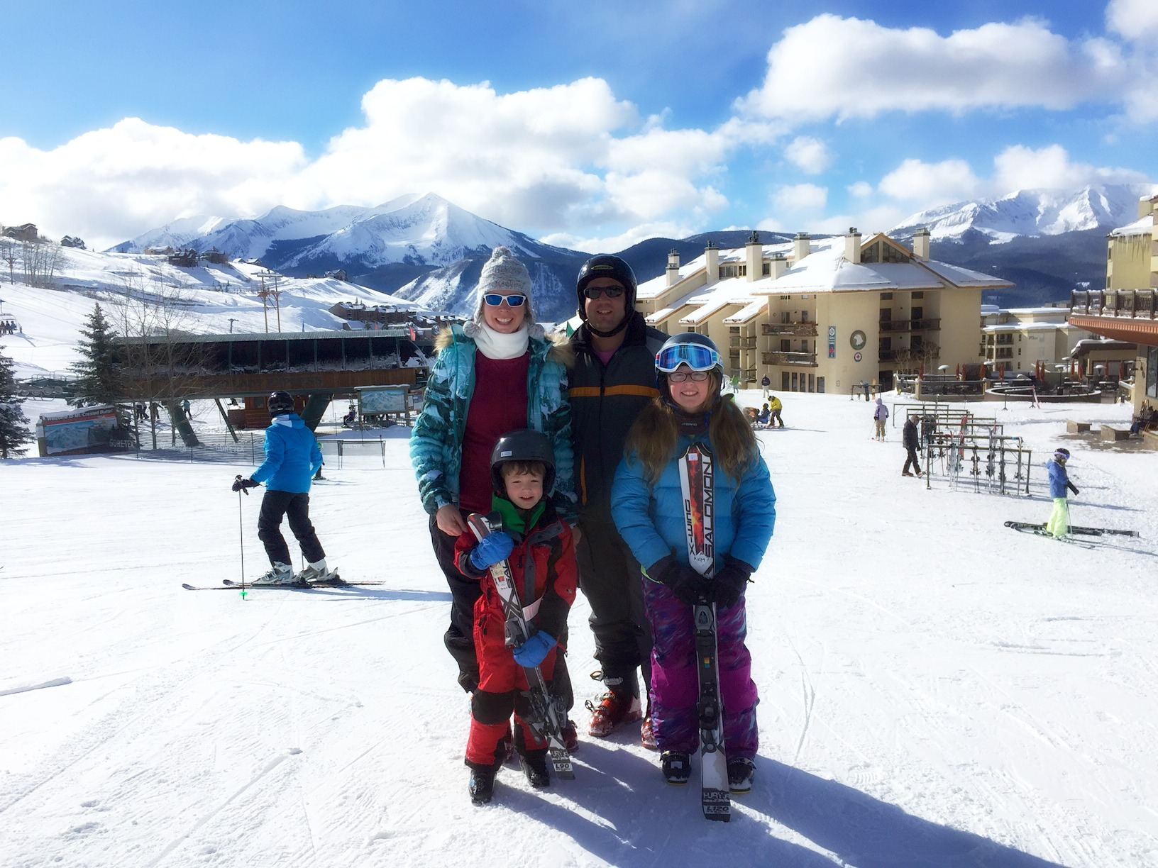 Why Crested Butte is an Excellent Ski Destination for Families