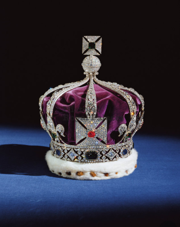 The Imperial Crown of India, made for George V's appearance, as Emperor of India, at the Delhi Durbar of 1911. Photo courtesy of Historic Royal Palaces