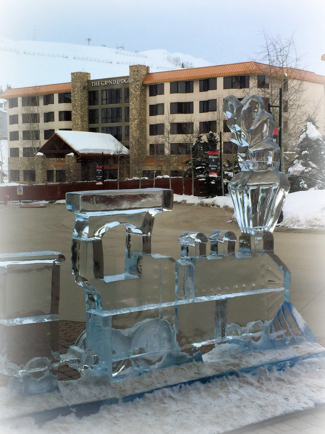 Crested Butte The Grand Lodge Ice scupture