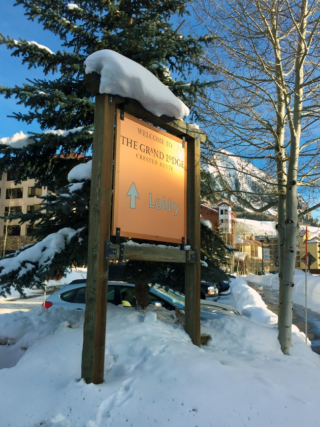 Crested Butte The Grand Lodge Welcome sign