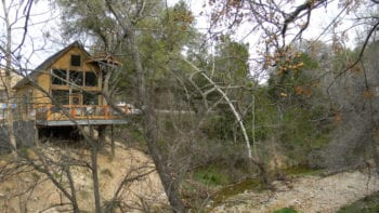 Sleep in a tree house in Central Texas