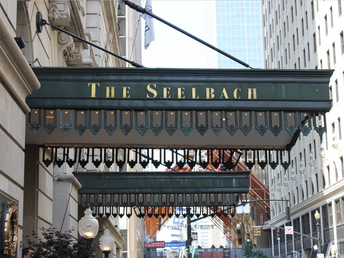 Reconnect at the Seelbach Hilton in Louisville, Kentucky!