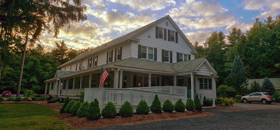 This Poconos Resort Easter Special Will Save You Money
