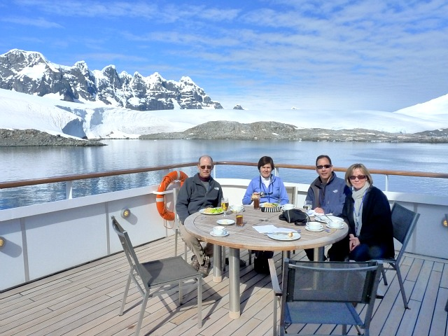 Lindblad expeditions to Antarctica will give you your trip of a lifetime