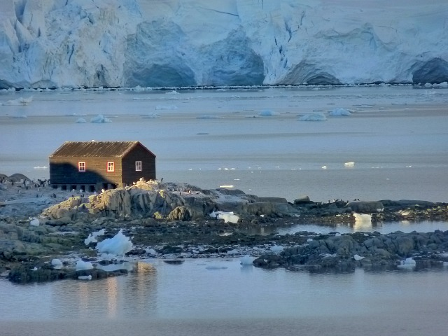 Lindblad expeditions to Antarctica for a trip of a lifetime