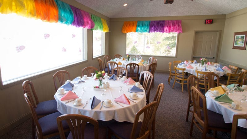 Easter brunch at this Poconos resort is a colorful affair.