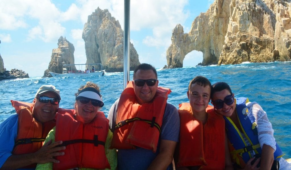 Family Boat Trip to El Arco m in Cabo
