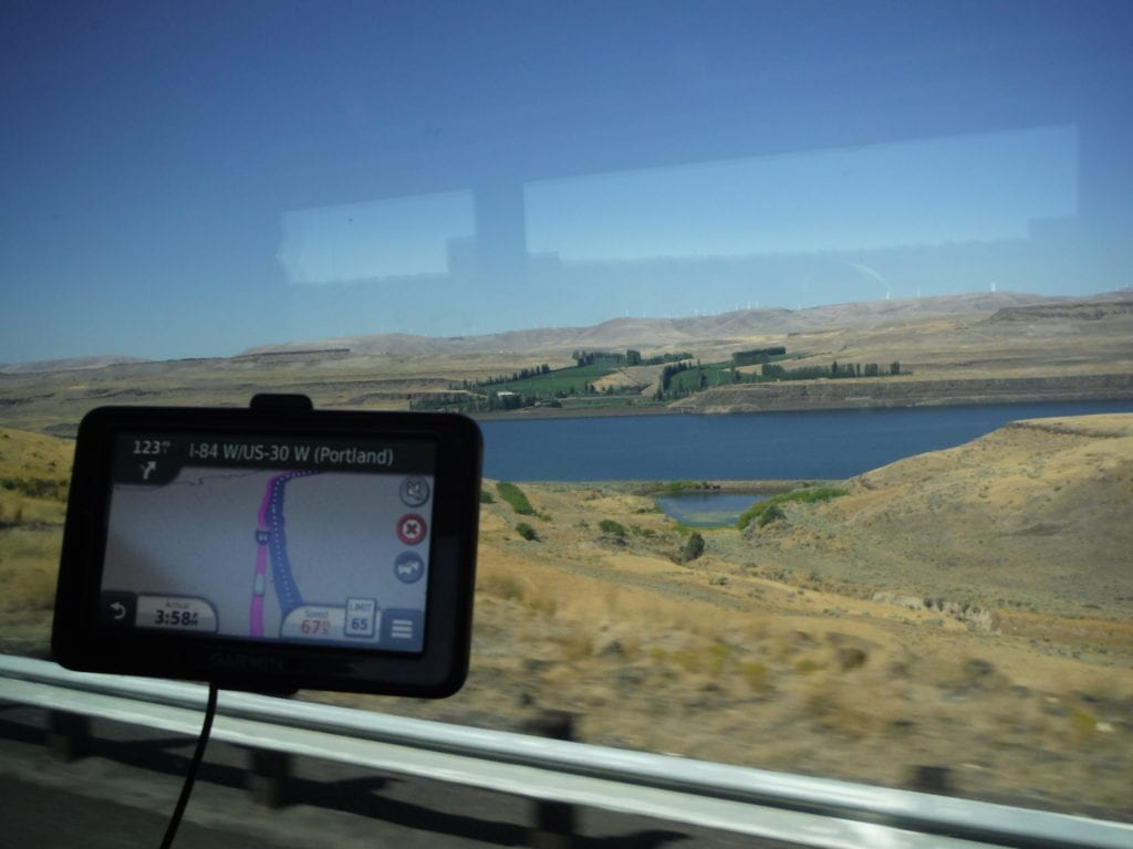 Using a GPS improves sightseeing by bus