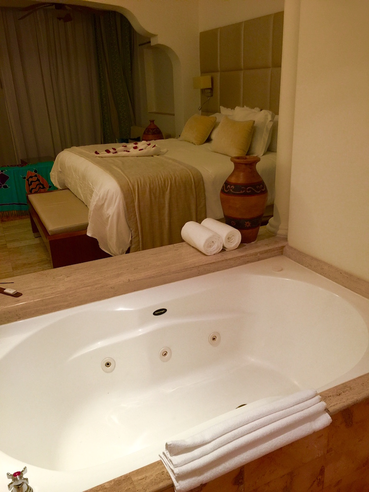 Adults only resort rooms with bath