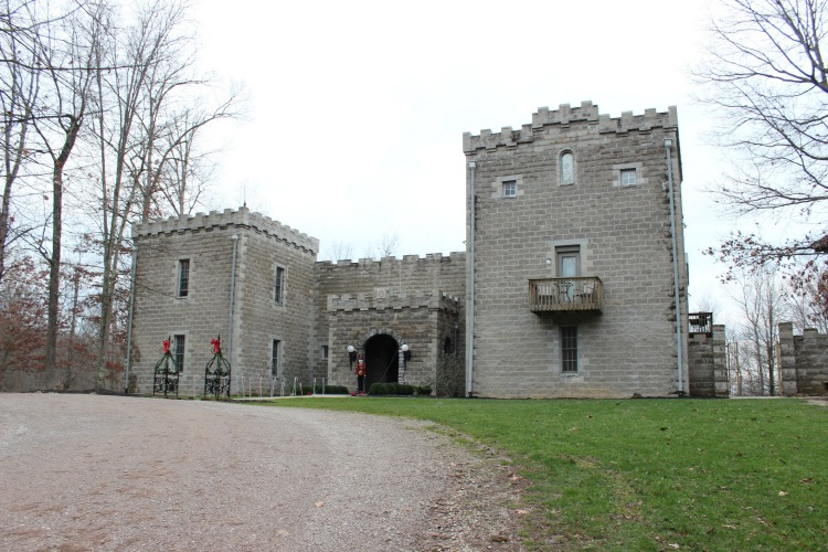 Ohio's Castles: Ravenwood Castle in the Hocking Hills Region
