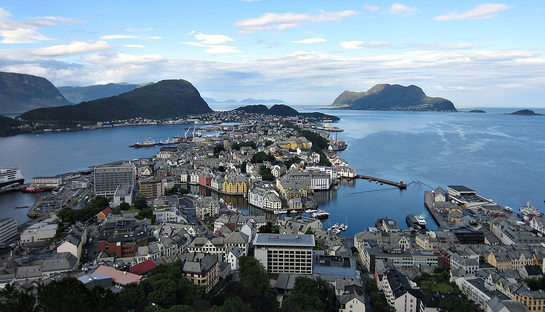 Ålesund and Sunnmøre: Norway's Intersection of Natural and Cultural Treasures