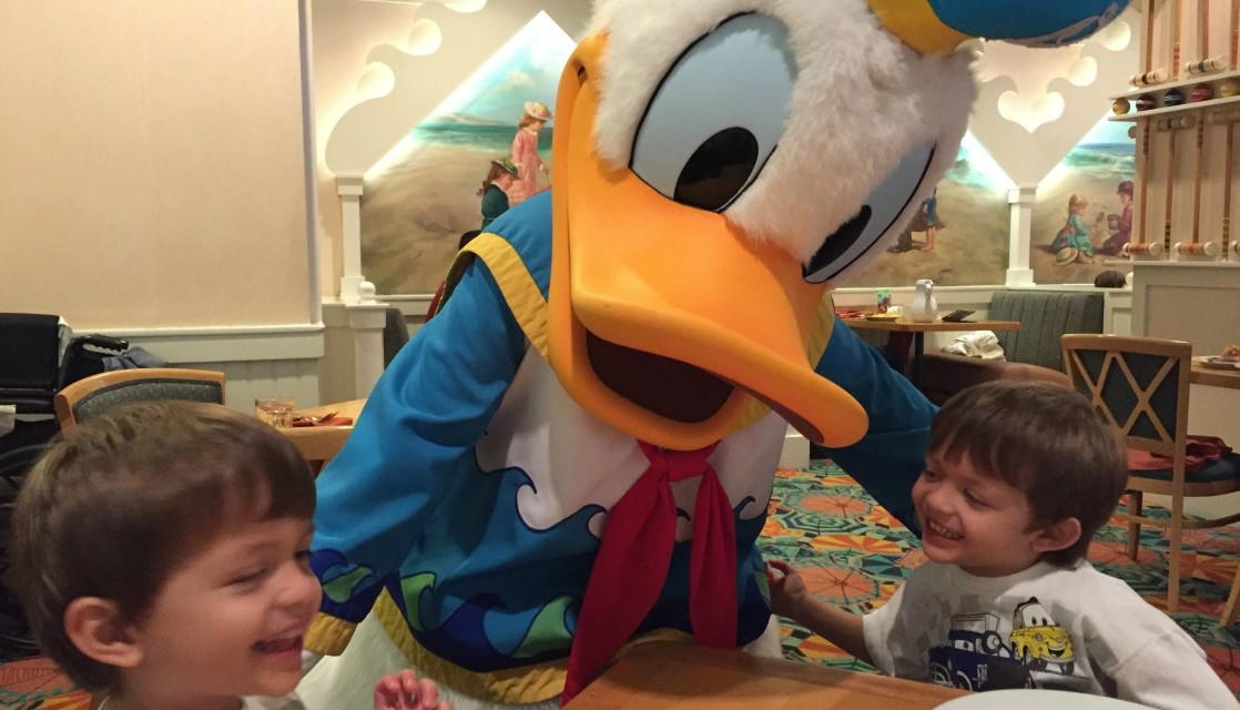 Mom Guide to Character Dining at Walt Disney World