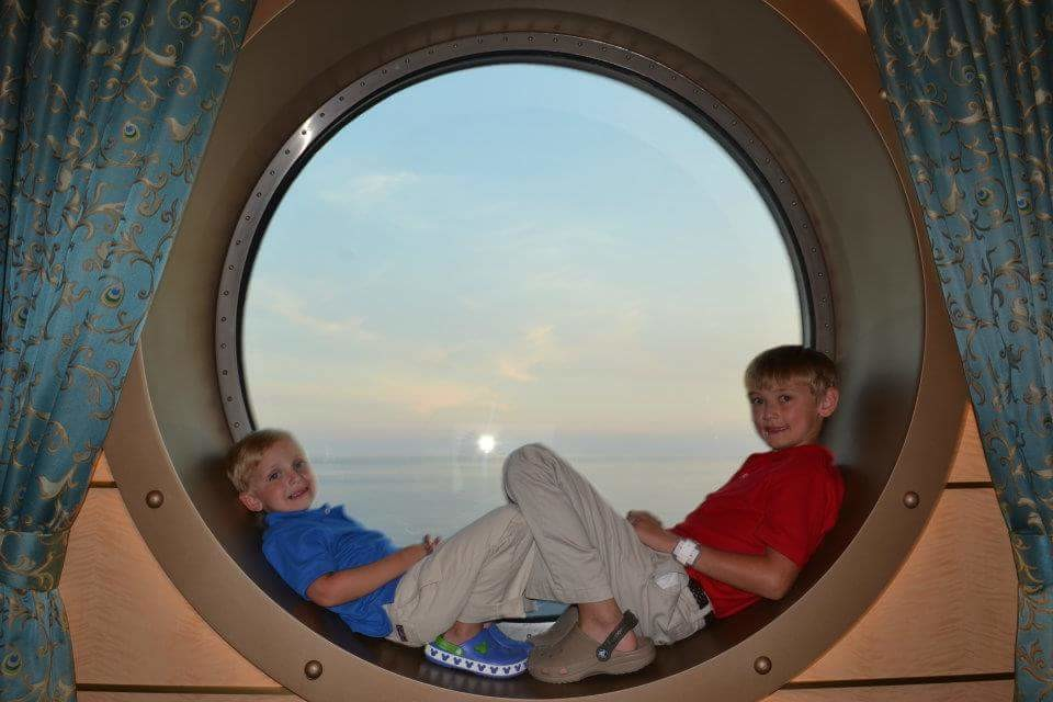 April 25 #TMOM Twitter Party – Cruising with Family
