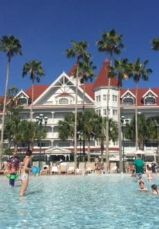 The Grand Floridian's zero entry Courtyard Pool. Photo credit: Gwen Kleist, Healthy TravelingMom.