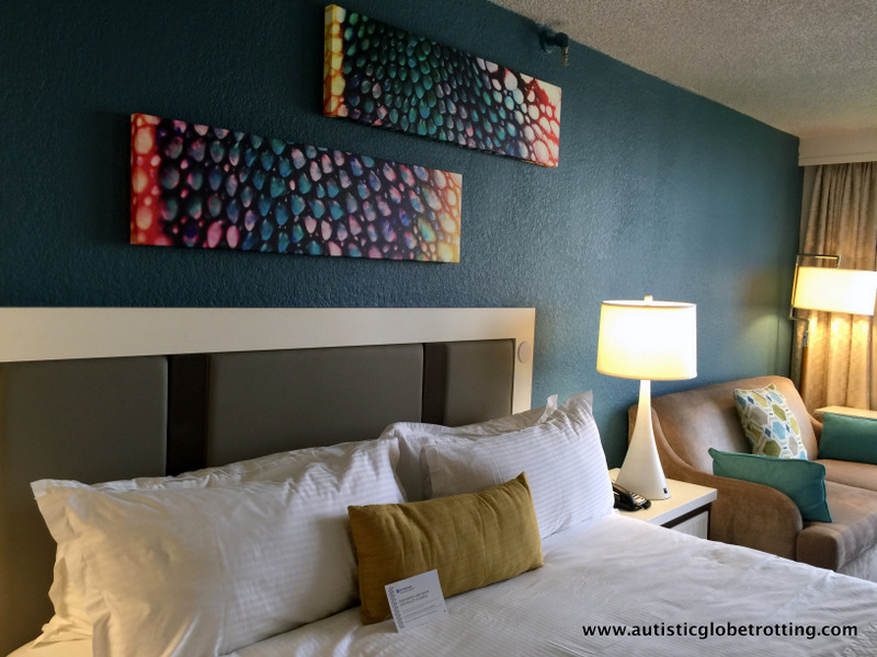 How To Avoid A Messy Hotel Room Beds